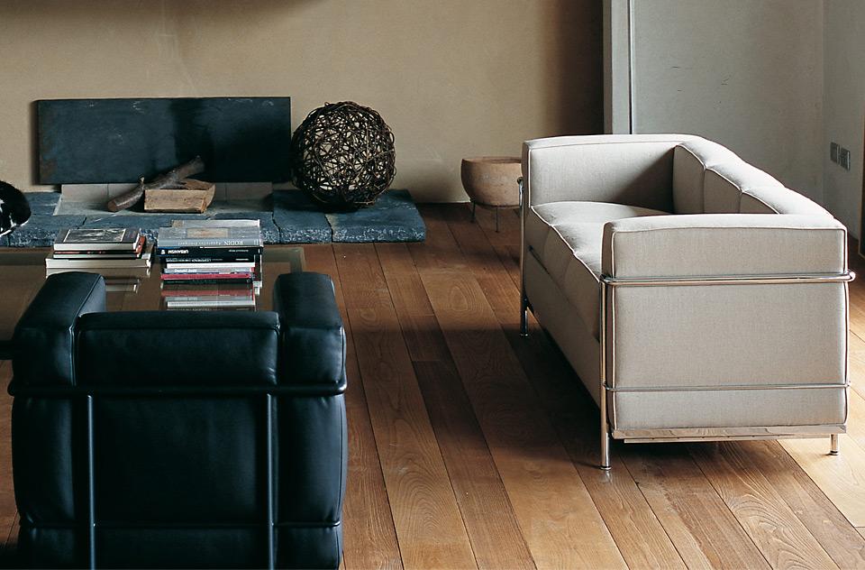 cassina sofa lc2 drifte wohnform. Black Bedroom Furniture Sets. Home Design Ideas
