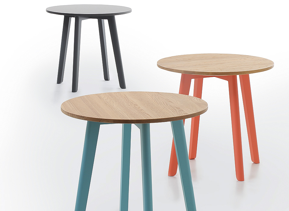 conmoto Chairman Side Table