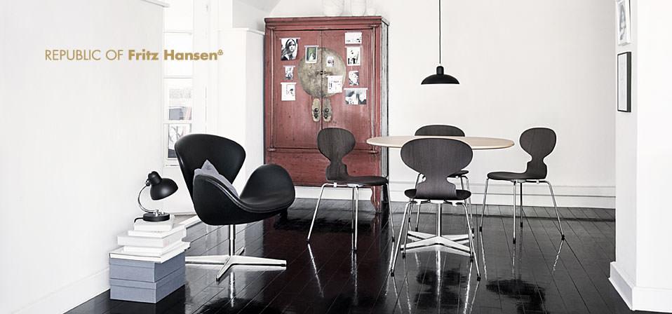 stunning divani cassina outlet images. Black Bedroom Furniture Sets. Home Design Ideas
