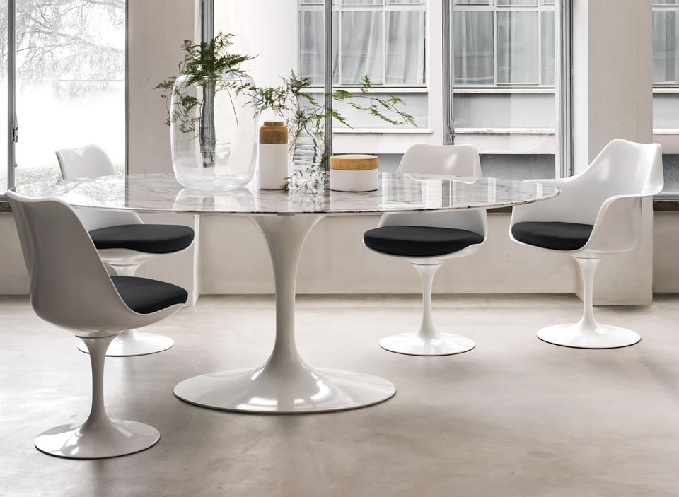Knoll International Saarinen Tulip Stuhl