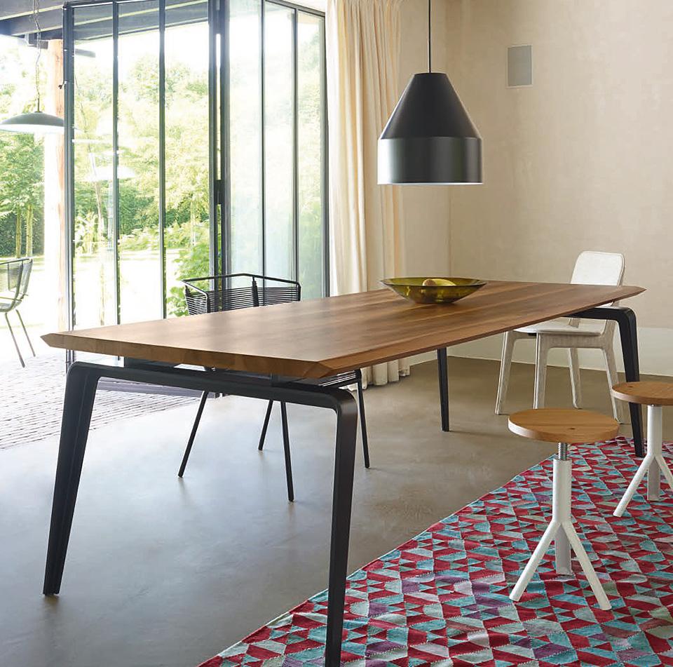 Ligne Roset ODESSA Tisch - Drifte Wohnform