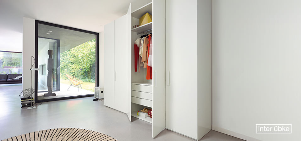 interl bke kleiderschrank base drifte wohnform. Black Bedroom Furniture Sets. Home Design Ideas