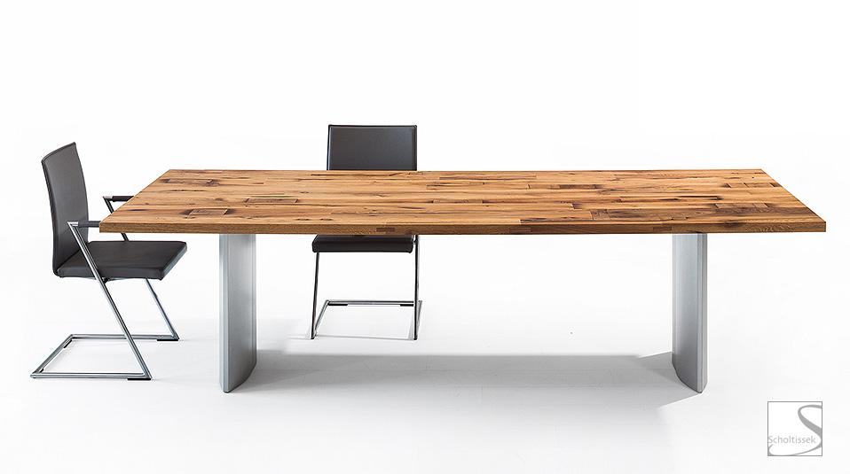 Scholtissek tisch drifte wohnform for Tisch eins design studio