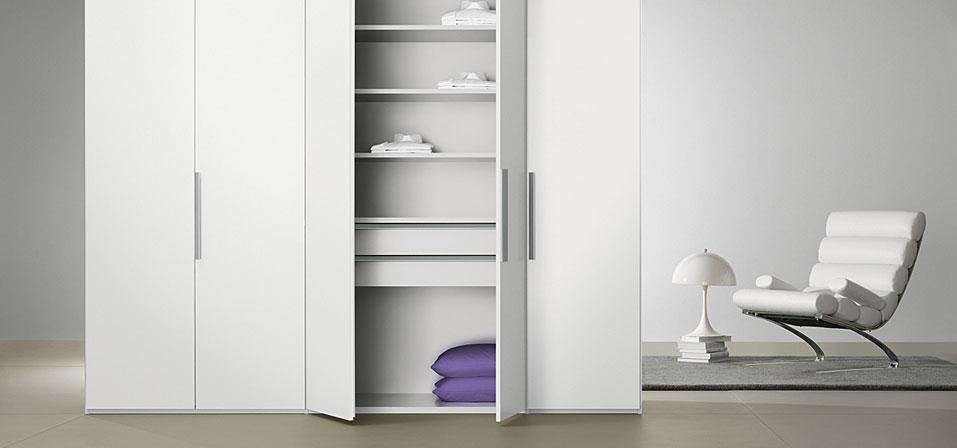 kleiderschr nke nicht nur von rolf benz interl bke cor. Black Bedroom Furniture Sets. Home Design Ideas