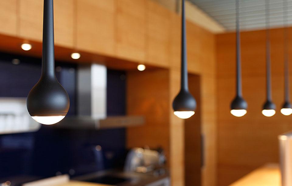 tobias grau pendelleuchte falling water pendelleuchte von. Black Bedroom Furniture Sets. Home Design Ideas