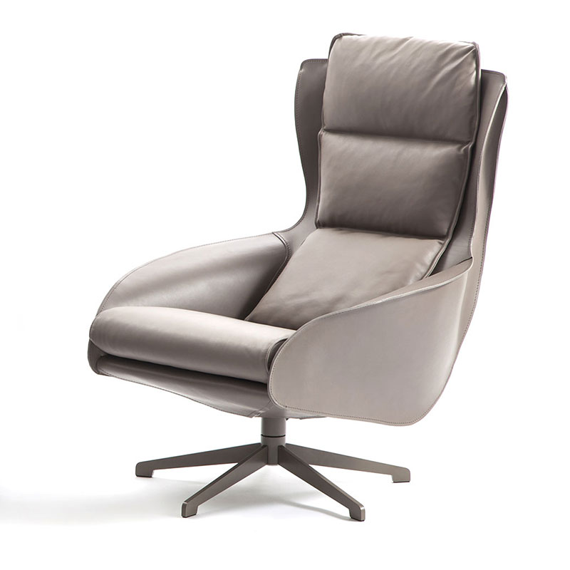 Cassina 423 Cab Lounge Chair