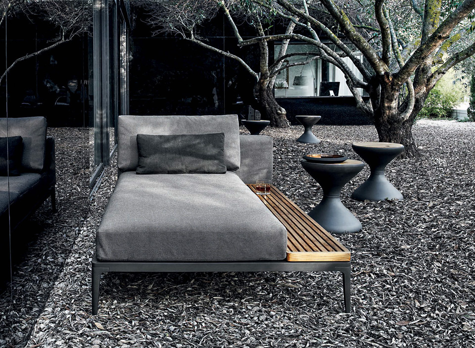 Gloster Grid Lounge Outdoor