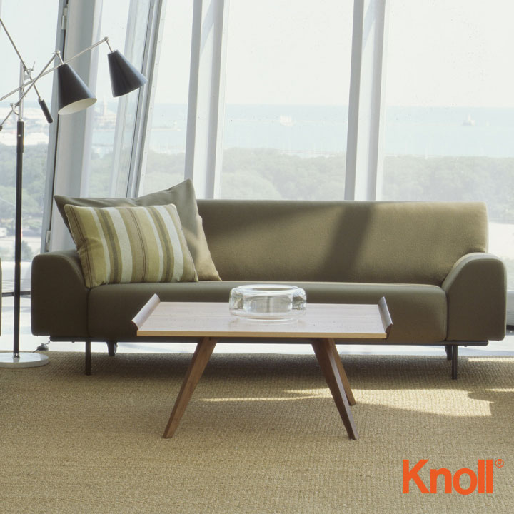 Knoll International Nakashima Spray Leg Tisch