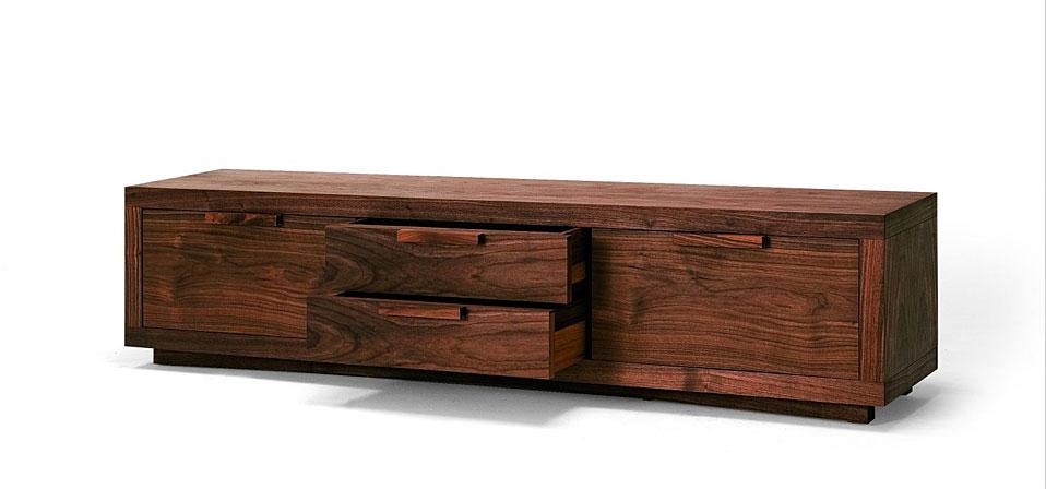 riva 1920 m bel aus italien drifte wohnform. Black Bedroom Furniture Sets. Home Design Ideas